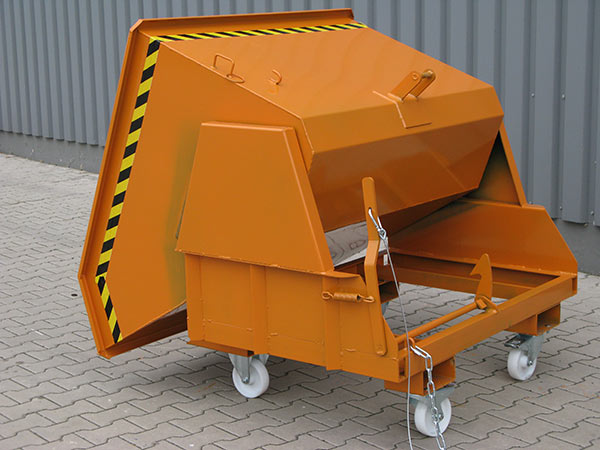 Kippvorgang zum Schwerlast-Kippbehälter 2011, Lenk- und Bockrollen optional